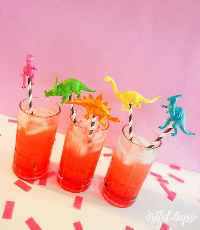 Rainbow dinosaur drink stirrer diy