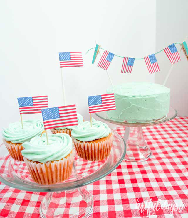 Us flag dessert toppers