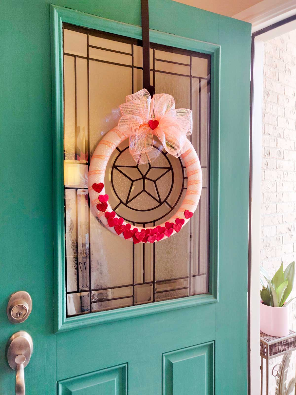 Artfuldays valentine door wreath
