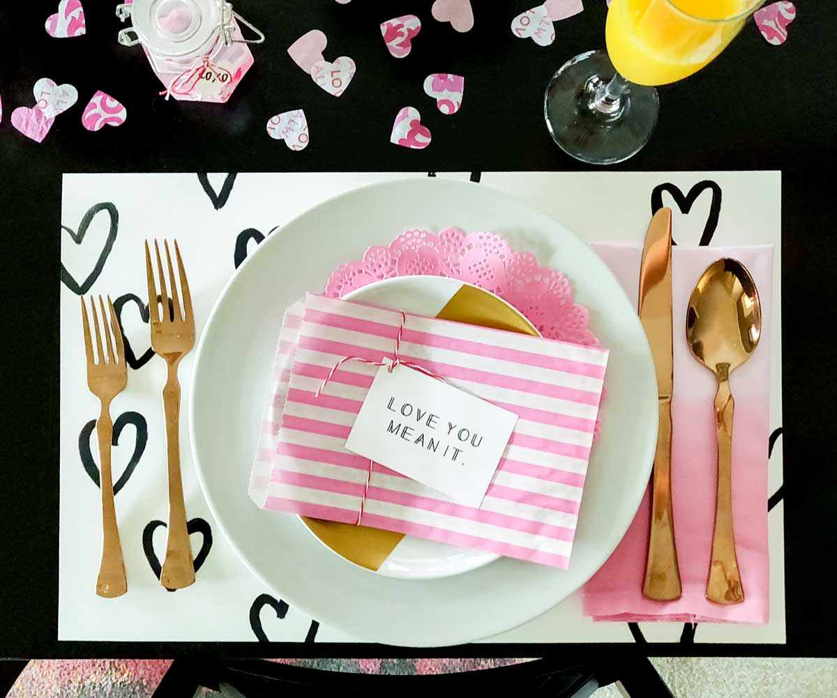 Artfuldays valentine place setting