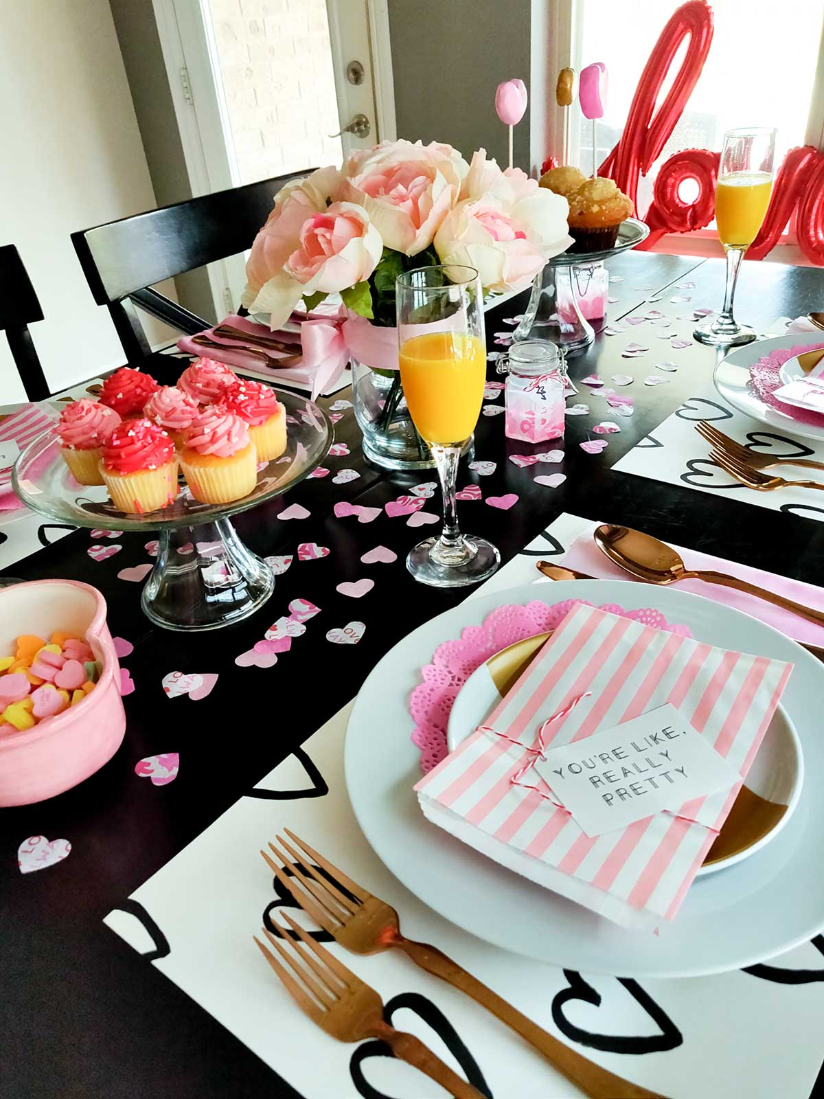 Artfuldays valentines day table ideas