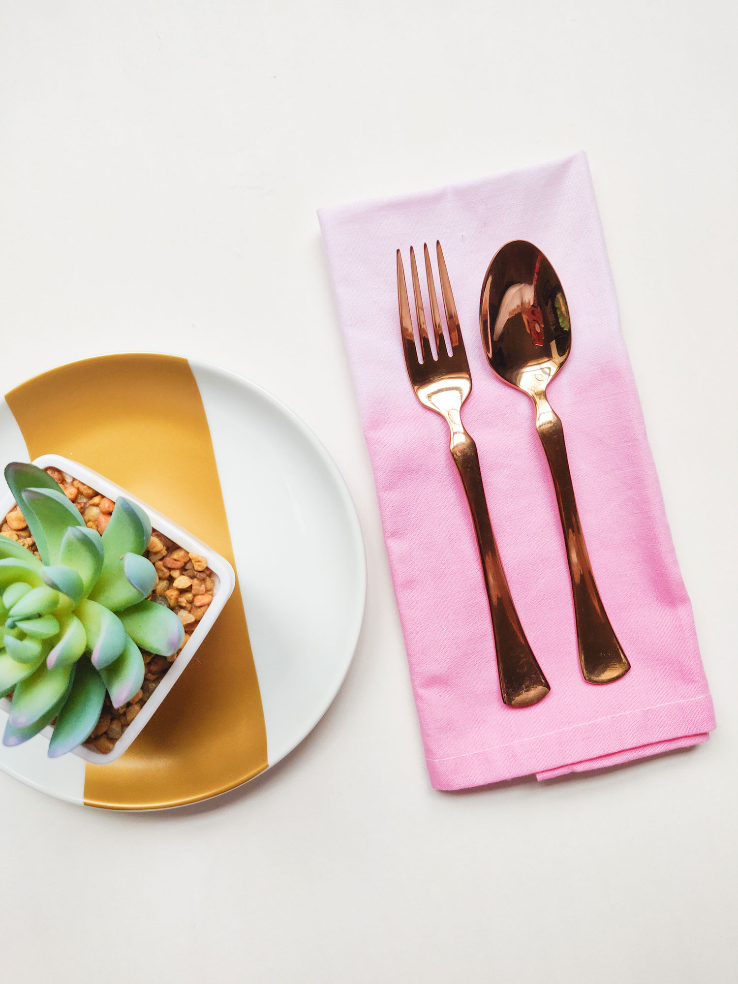 Ombre napkin dyed place setting