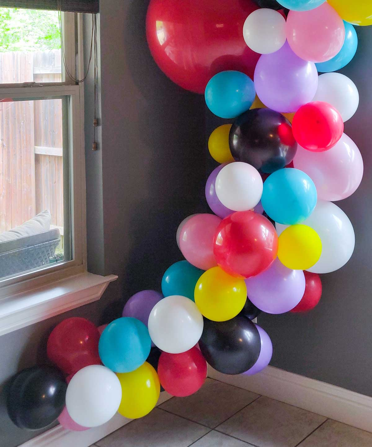 Artfuldays balloon garland diy