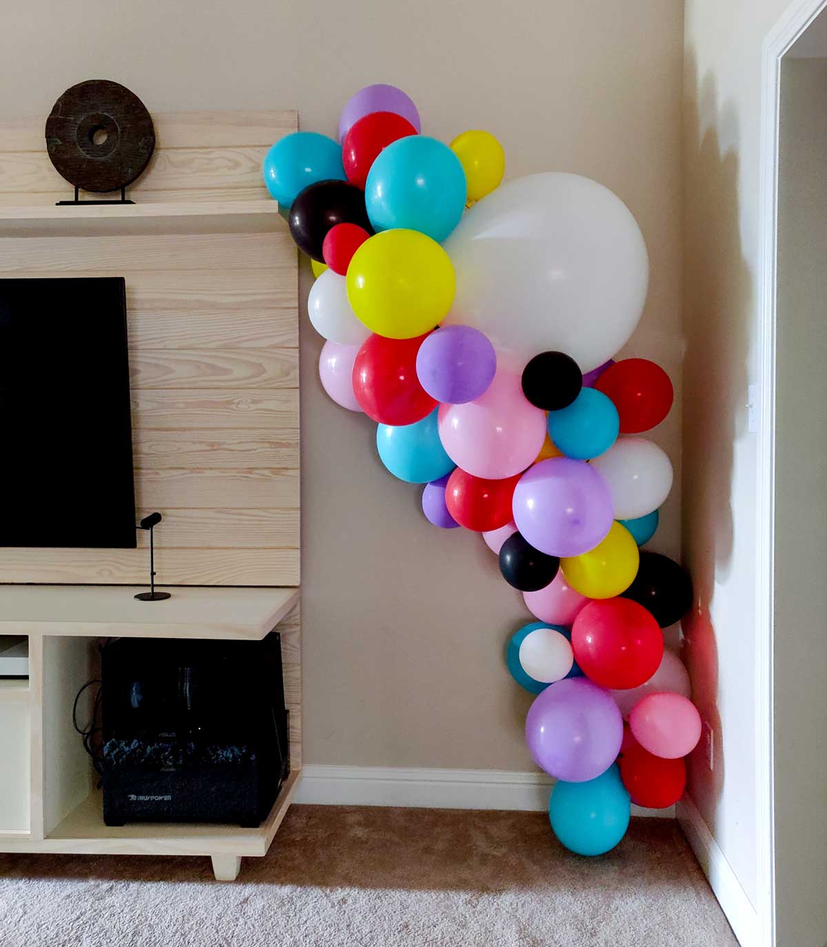Party balloons garland artfuldays